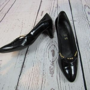 Selby Comfort black patent leather kitten heels